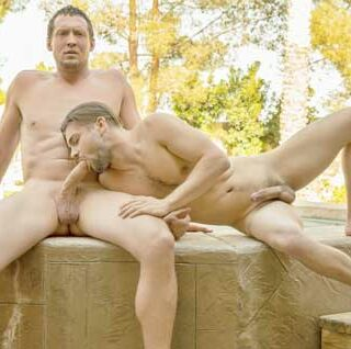 Johnny Rapid with another muscle stud, but ends up being the bottom bitch! I like to go somewhere warm when winter arrives. I hate cold weather.